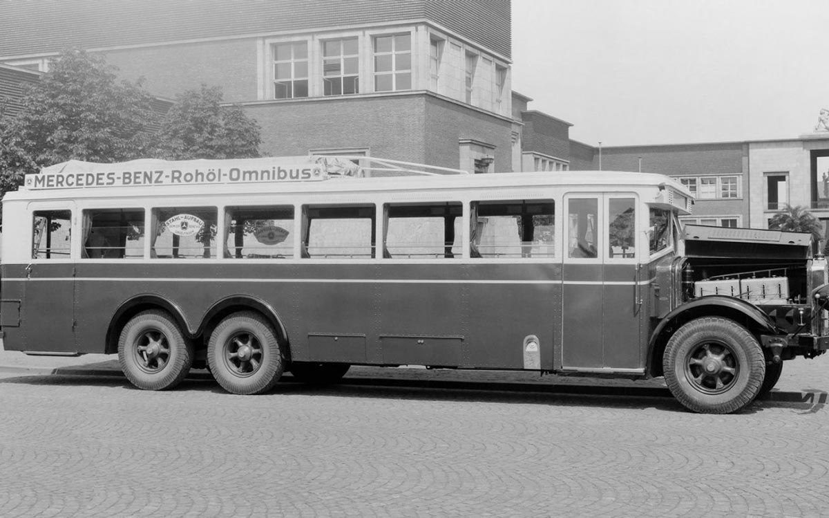 Mercedes-Benz buses