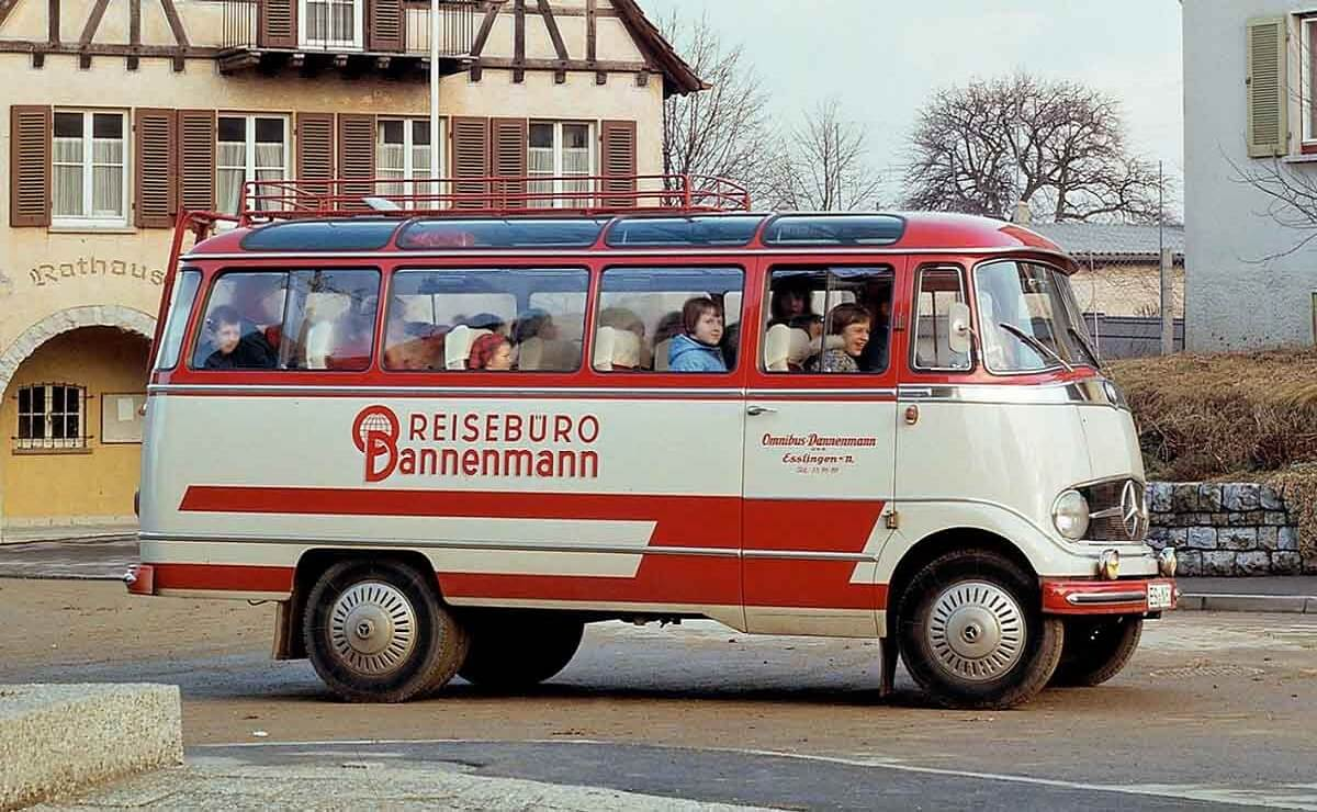 Mercedes-Benz bus 125 años