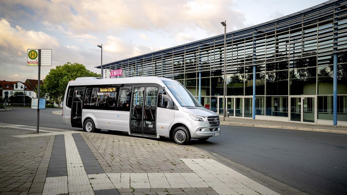 Mercedes-Benz Sprinter Minibus