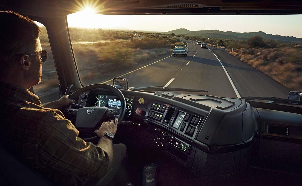 Volvo VNL 860