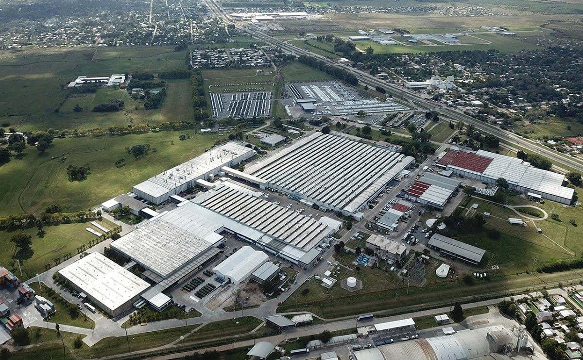 Mercedes-Benz centro industrial