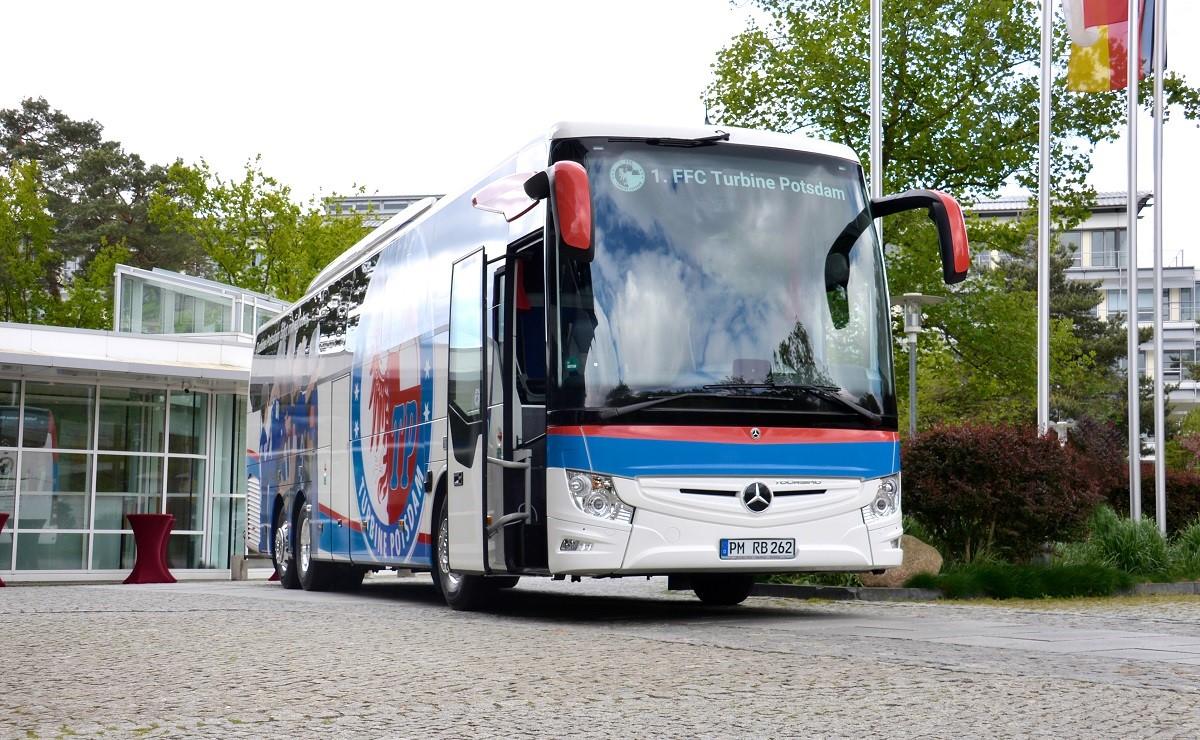 buses mercedes-benz