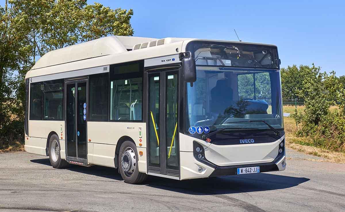iveco-bus-electrico-e-way-paris