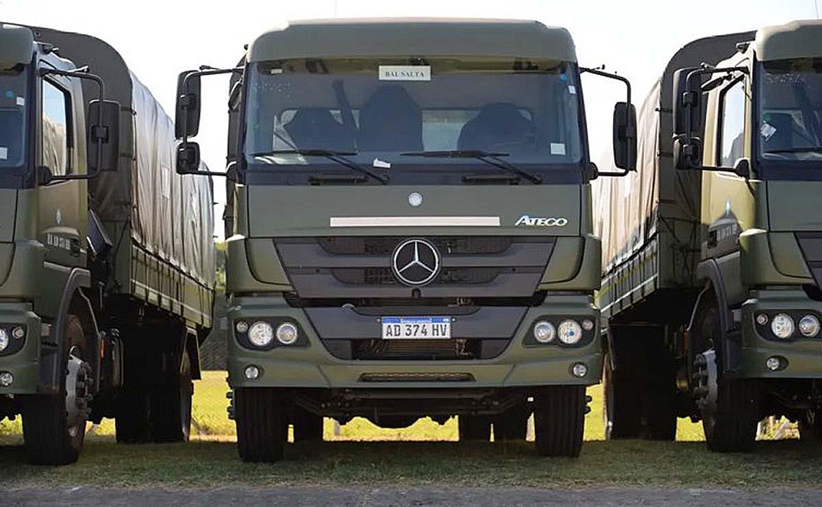 ministerio-de-defensa-camiones-mercedes